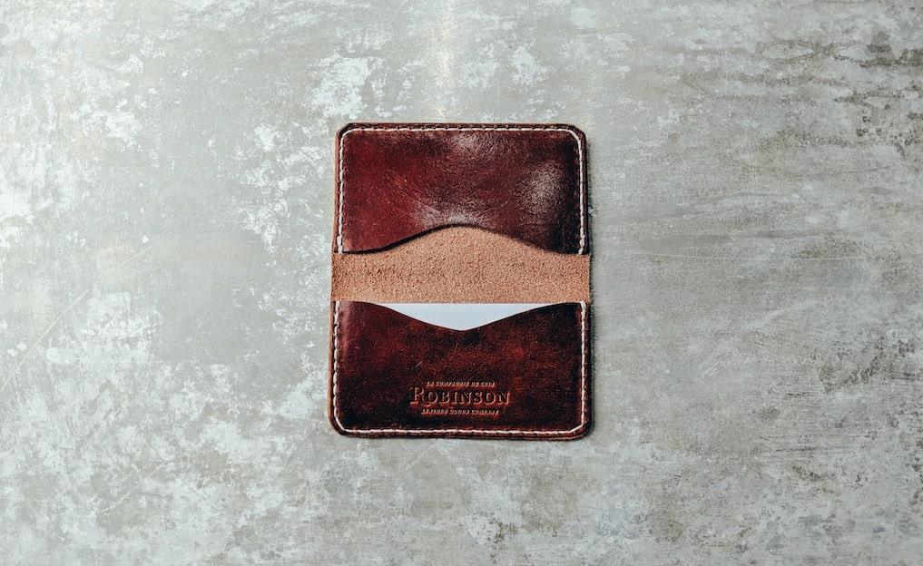 革財布を柔らかくするための方法