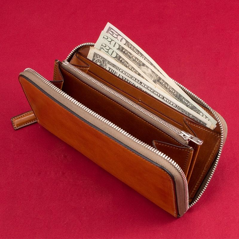 万双の長財布