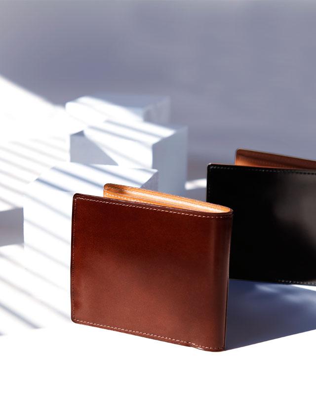 土屋鞄製造所のコードバン 二折財布