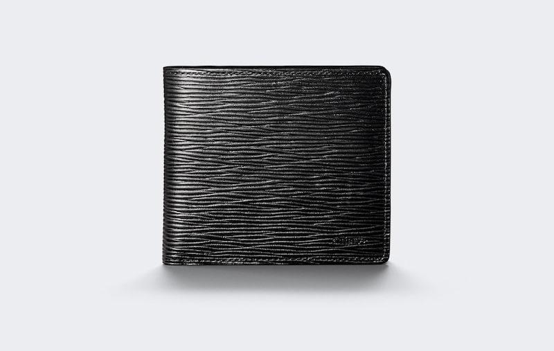 アニアリの二つ折り革財布