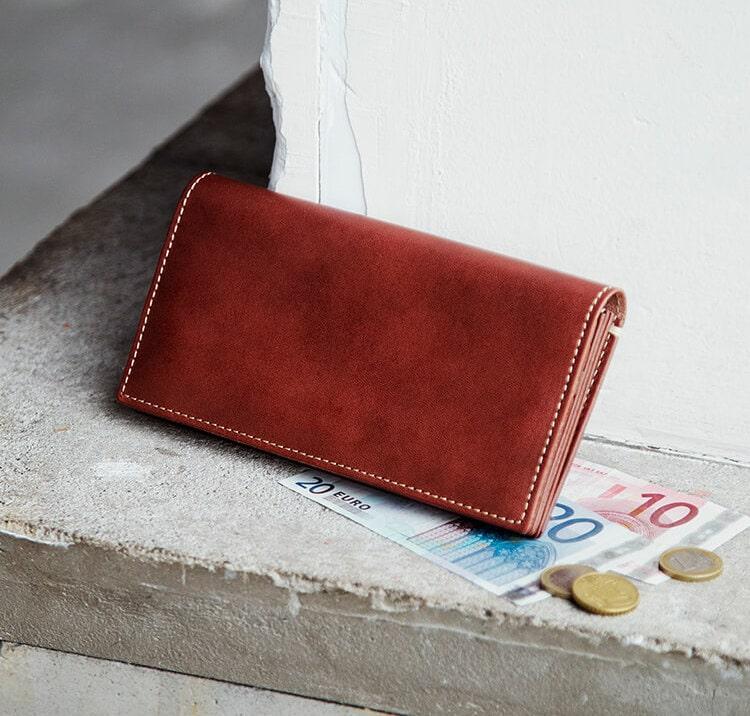 土屋鞄製造所のディアリオ長財布
