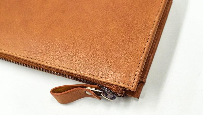 ハレルヤ革財布の質感の様子