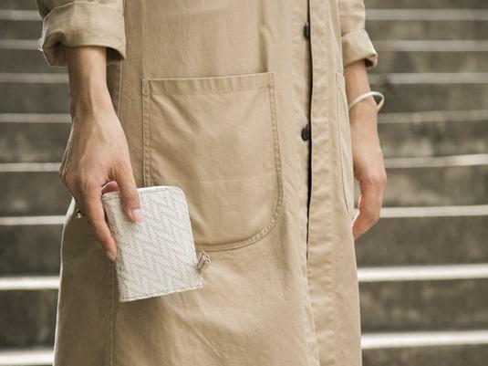 pomtataのレディースミニ財布