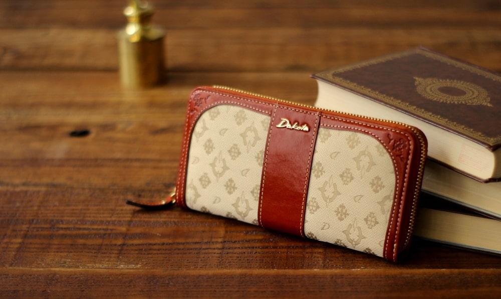 ダコタの30代〜40代向けのレディース長財布