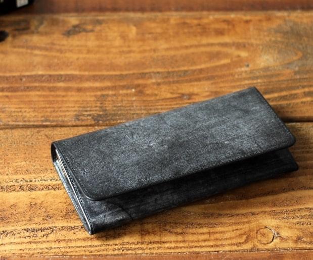 ダコタのブライドル長財布
