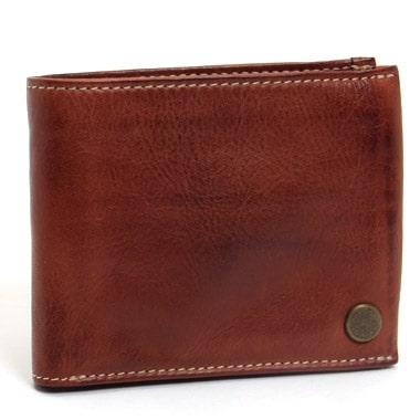 使い込んだ風合いのダコタのメンズ二つ折り財布
