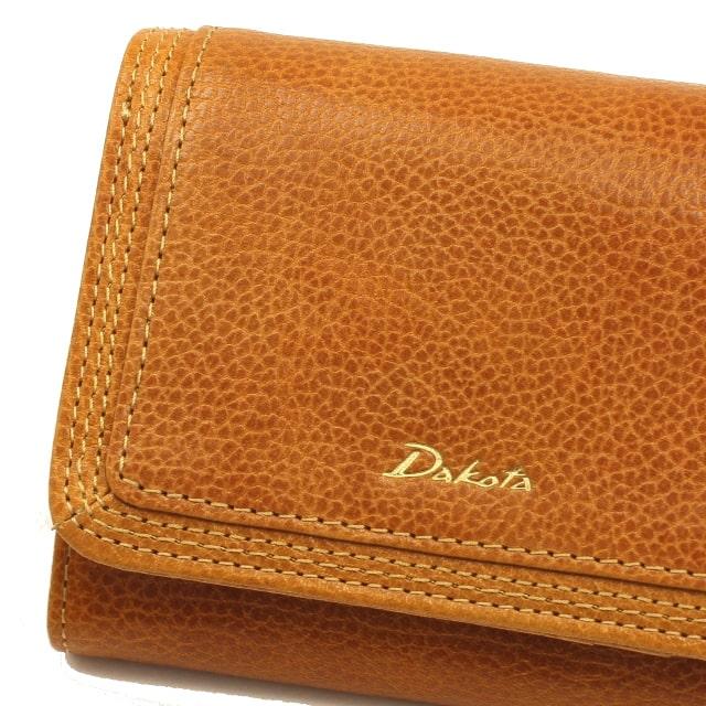 ダコタの革財布の素材の質感の様子