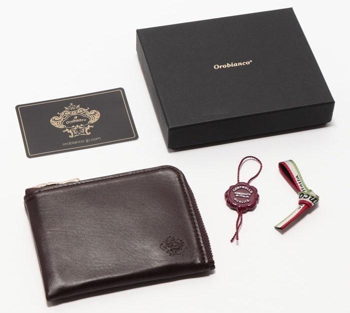 オロビアンコのランドファスナー財布
