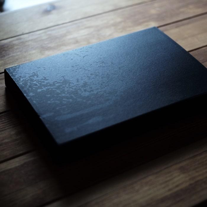 所作の財布の外箱