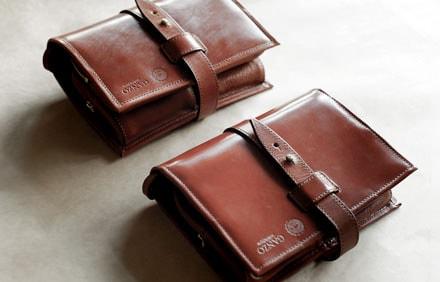 ブライドルレザー財布のエイジングの様子