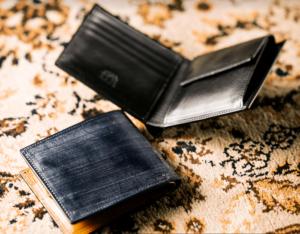ココマイスターのロンドンブライドルレザーの二つ折り財布