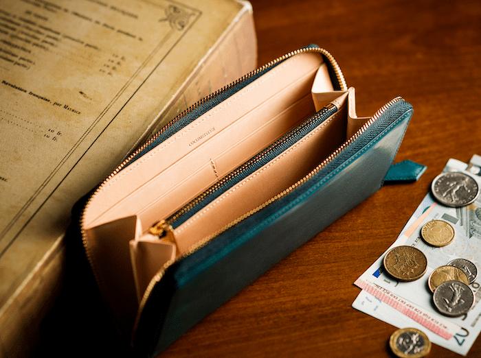 ココマイスターのマットーネ長財布