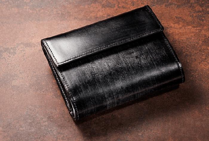 ココマイスターの三つ折り革財布
