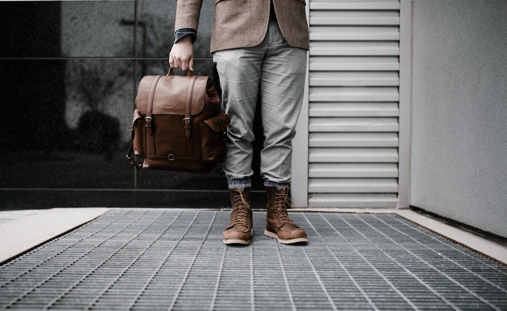 男性がもらって嬉しい革製品9選!失敗しない上質おすすめプレゼント