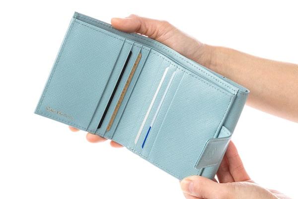 ココデュランのレディースミニ財布の収納の様子