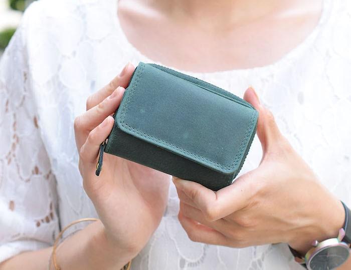 ハレルヤのレディース三つ折り財布