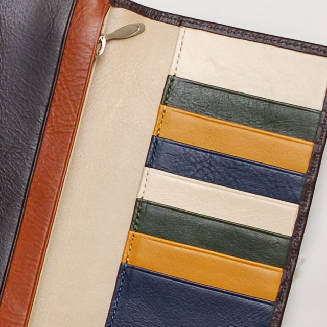joggoのオーダー革財布は革の色に合わせて糸の色を変える