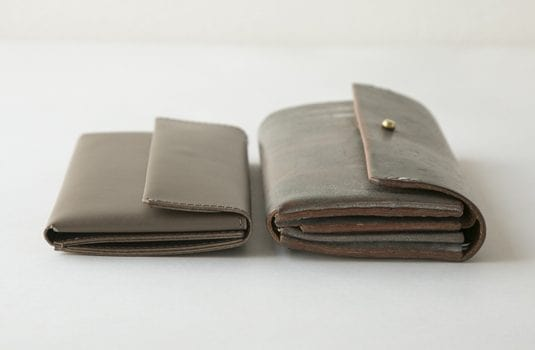 母の日ギフトにおすすめのsafujiの財布の薄さ