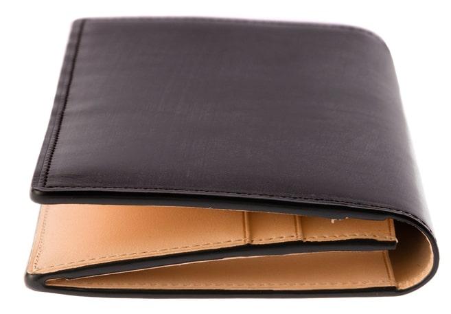 ココマイスターブライドルアルフレート財布のマチ