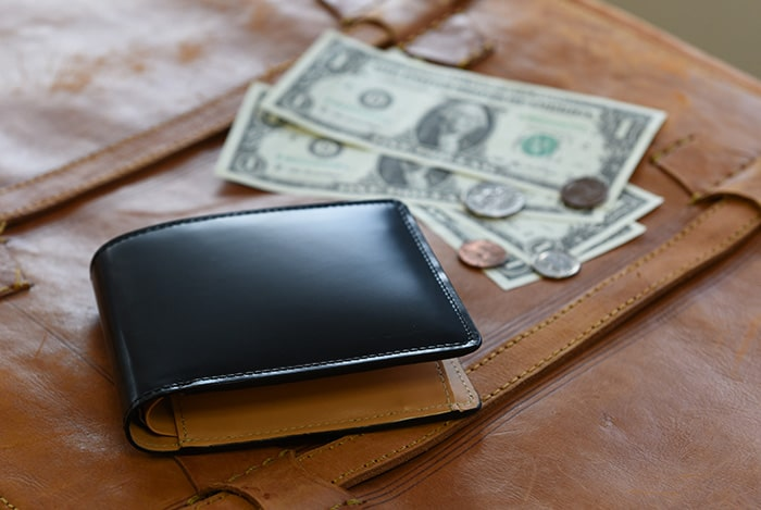 フライングホースのメンズ二つ折り財布