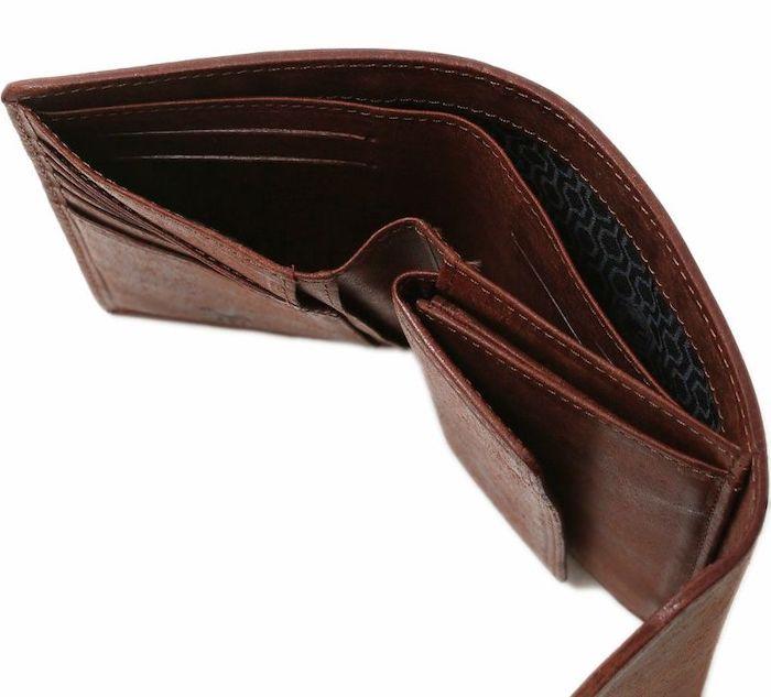 sotメンズ三つ折り財布の札入れ部分