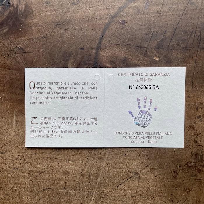 sotプエブロ二つ折り財布の品質保証書