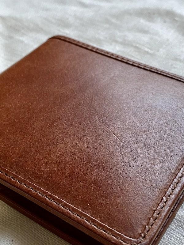 sotプエブロ二つ折り財布を半年使った経年変化