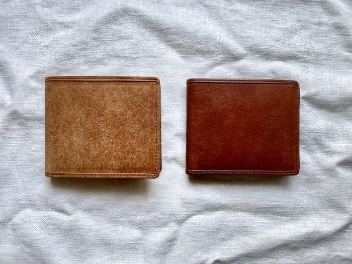sotプエブロ二つ折り財布を半年使った経年変化の比較