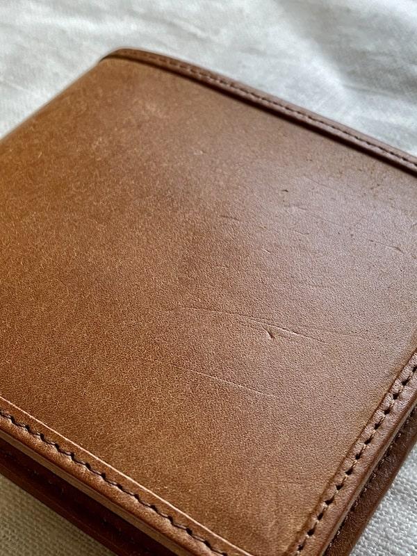 sotプエブロ二つ折り財布を1ヶ月使った経年変化