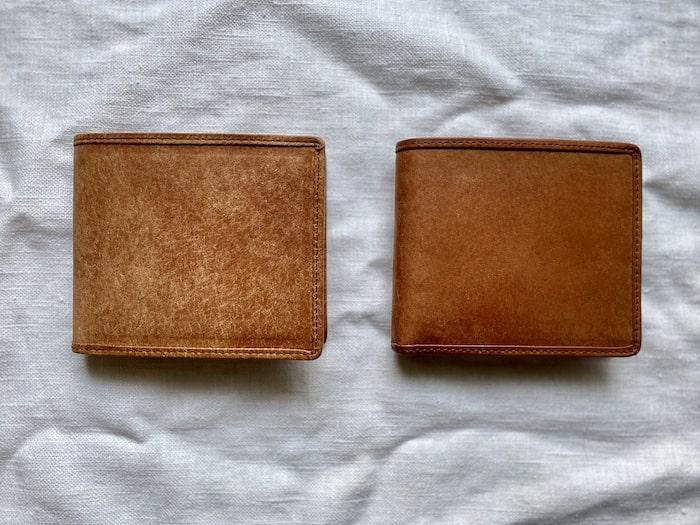 sotプエブロ二つ折り財布を1ヶ月使った経年変化の比較