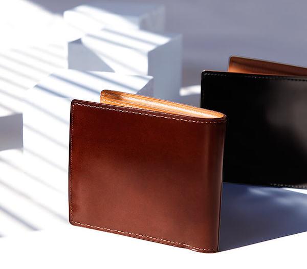 土屋鞄製造所のコードバン二折財布