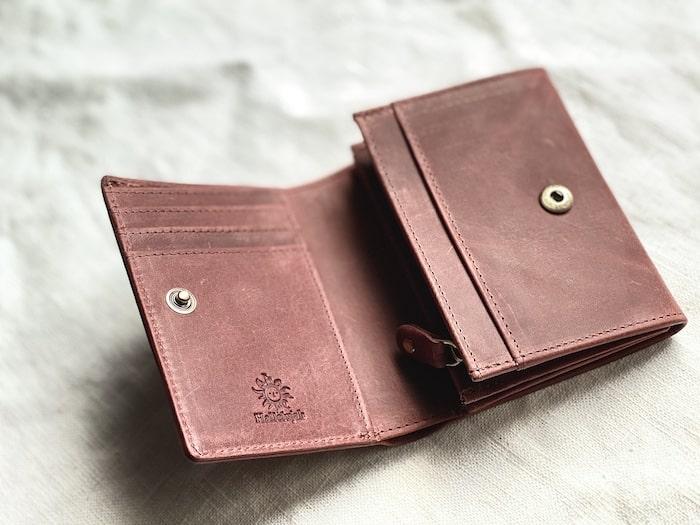 hallelujah二つ折り財布の内装