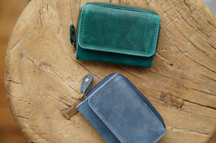 ハレルヤの三つ折り革財布
