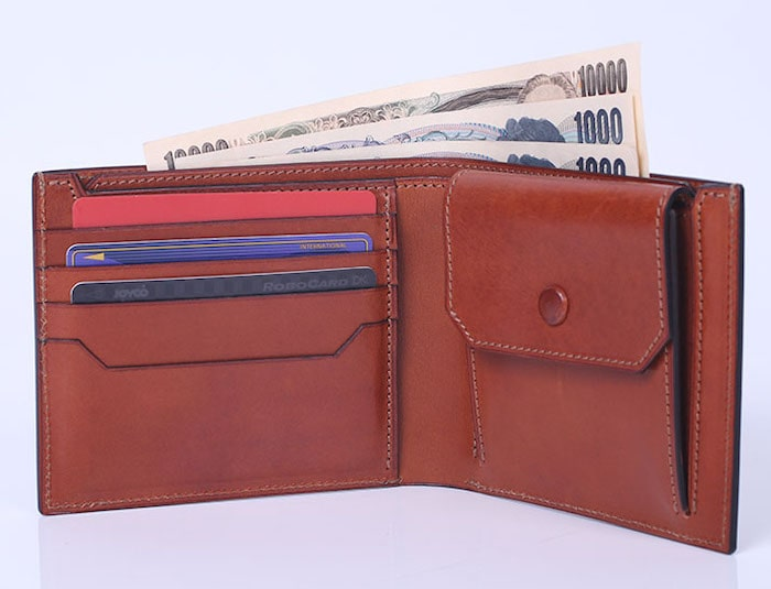 万双の双鞣和地二つ折り財布の内装