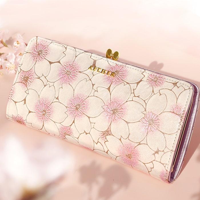 エーテルの長財布「サクラ」