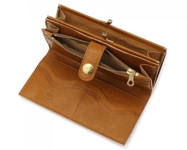 イルビゾンテの「フラップガマ口長財布」の内装