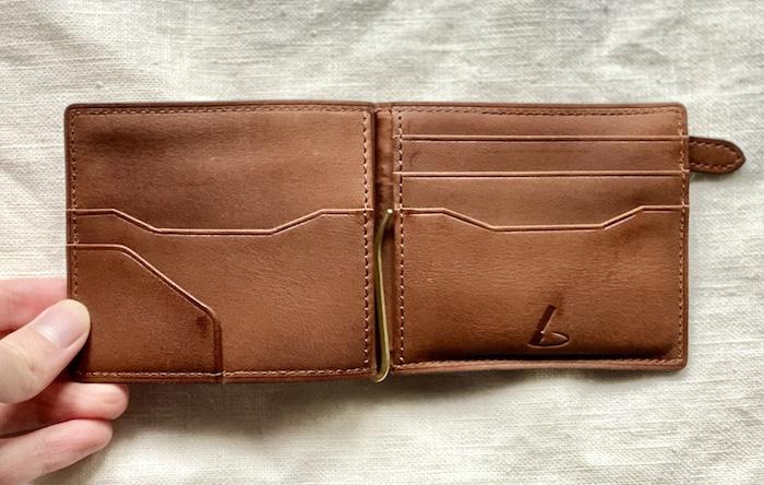 ビークルマネークリップはカードポケットが豊富