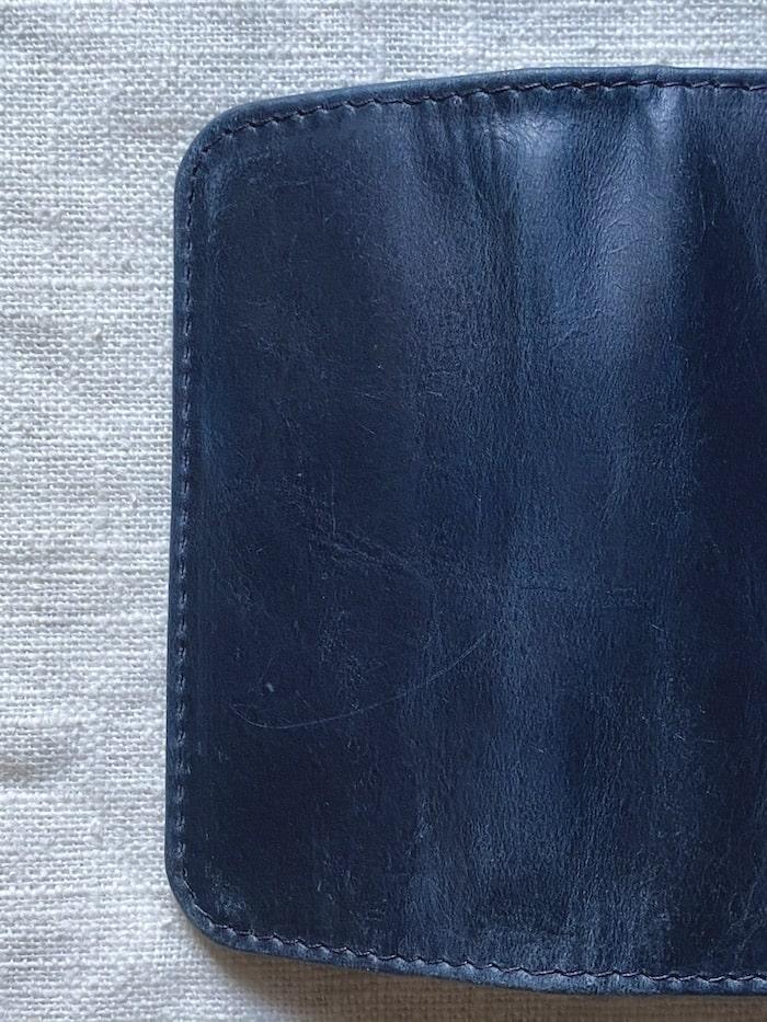 ハレルヤのキーケースは革の質感にばらつきがある