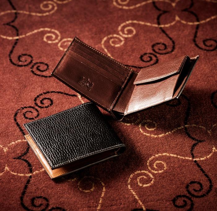ココマイスター ロッソピエトラ二つ折り財布