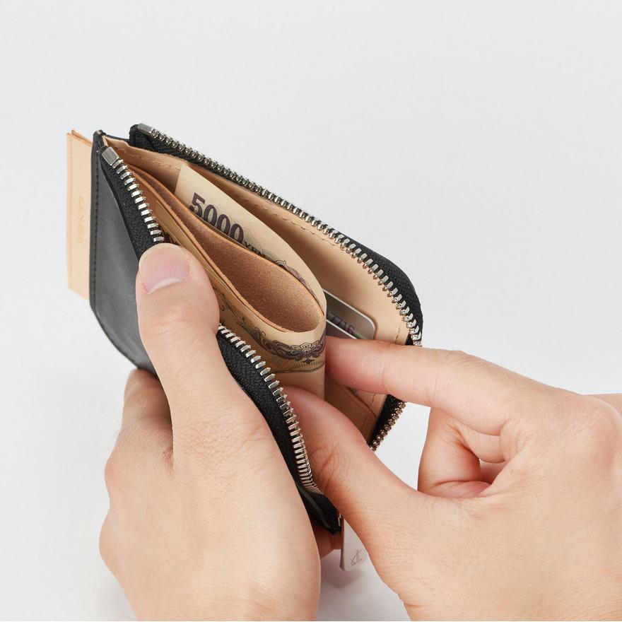 エンダースキーマ「L purse」の内装